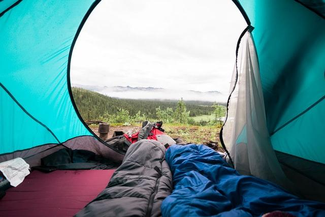 אוהל בקמפינג